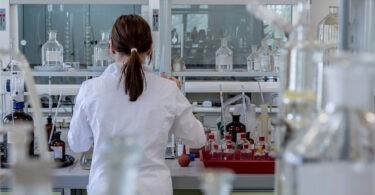 laboratory 2815641 1280
